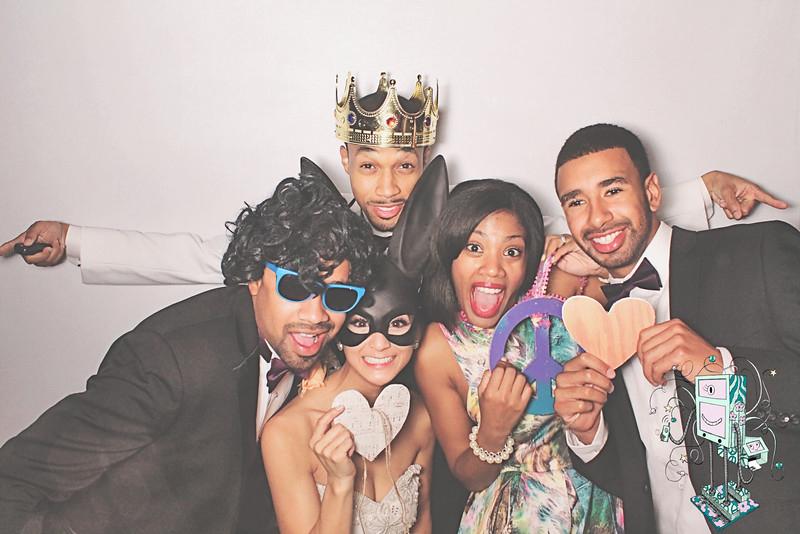 10-25-14 TB Atlanta La Mansion PhotoBooth - Dillard's Wedding - RobotBooth429-L