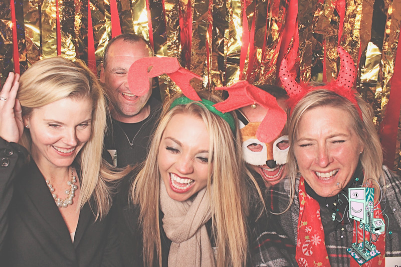 12-19-14 AR Atlanta Red Brick Brewery PhotoBooth - Choate Construction Holiday Party - RobotBooth20141219_228-L