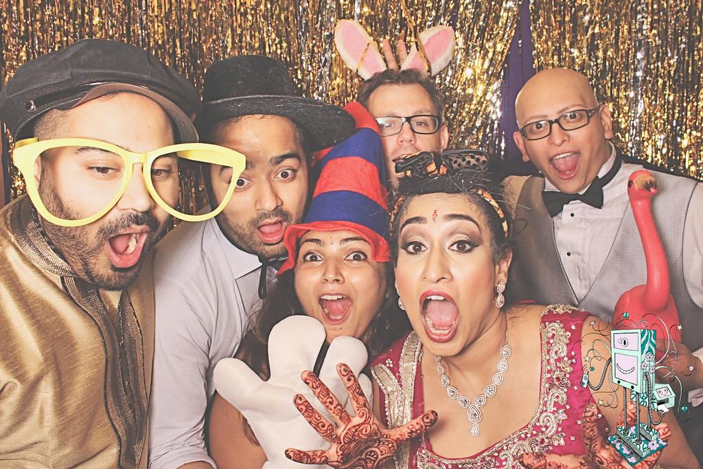 6-6-15 Atlanta Crowne Plaza Ravinia PhotoBooth - Vijay & Teja's Wedding - RobotBooth20150606_519-XL