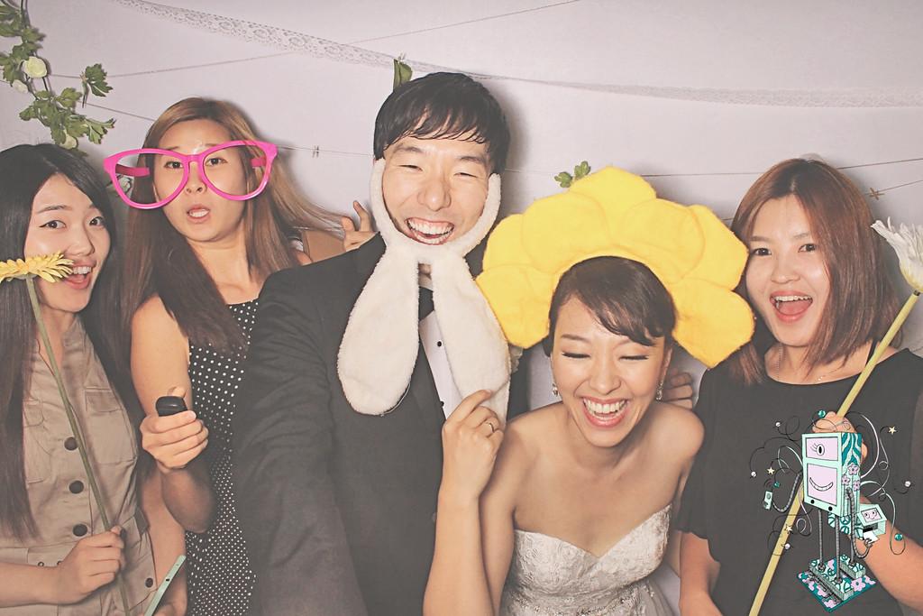 6-27-15 RG Atlanta Korean First Presbyterian Church PhotoBooth -  Suejoob Wedding - RobotBooth20150627_426-XL